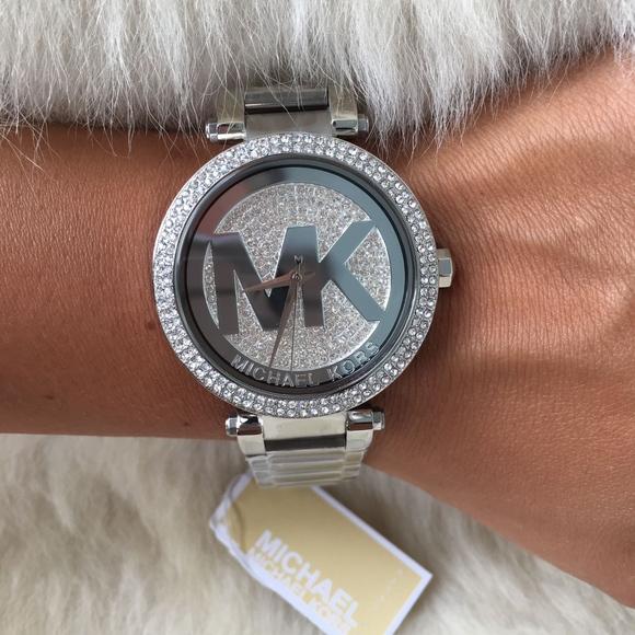 248f878b5e15 New   Authentic Michael Kors Women s Watch MK5925
